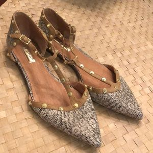 💕Halogen Studded Pointed Toe T- Strap Flats-SZ 8